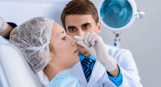 Operacja plastyczna nosa – koszty, przygotowanie i inne ważne aspekty zabiegu