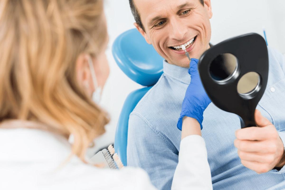 Implant zęba – ile kosztuje? Rodzaje implantów stomatologicznych